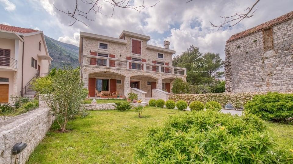 Черногория вилла на берегу моря купить квартиру в малибу